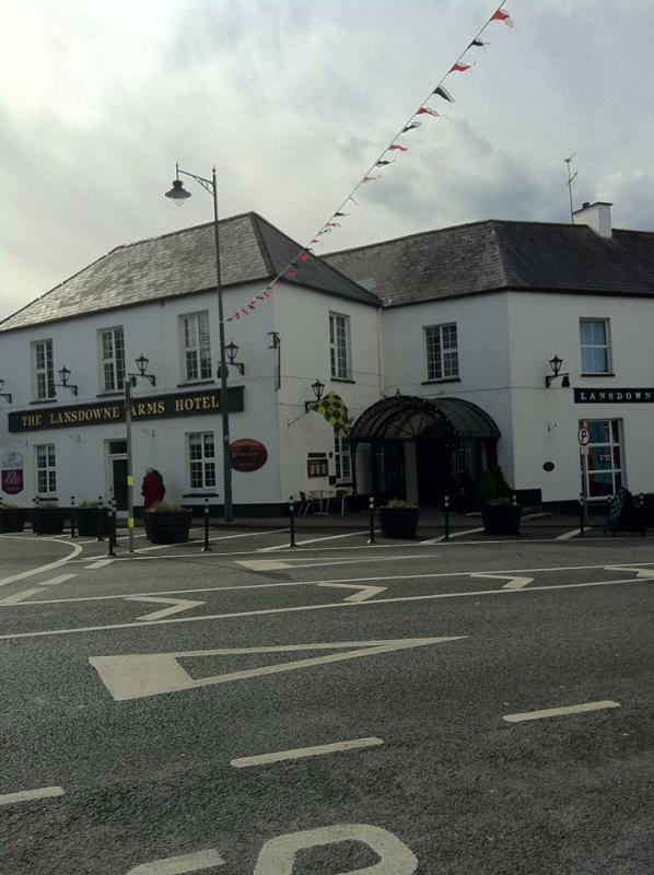 Lansdowne Arms Hotel Image 1