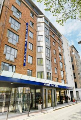 Academy Plaza Hotel - image 1