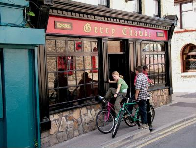 Chawke's Bar - image 2