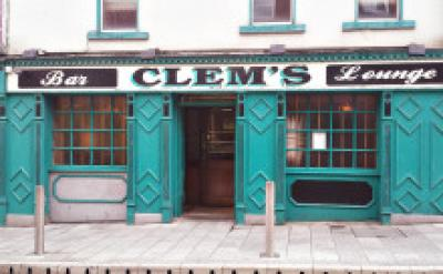Clems Lounge - image 1