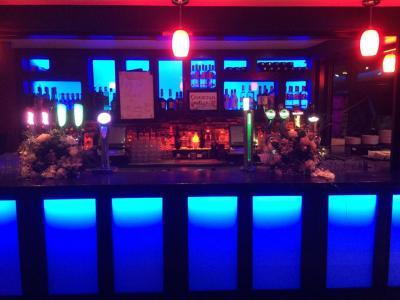 Cronin's Bar - image 2