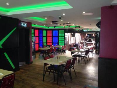 Cronin's Bar - image 3