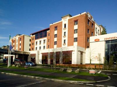 Crowne Plaza Dublin - Northwood Hotel - image 2