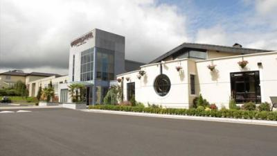 Greenhills Hotel - image 2