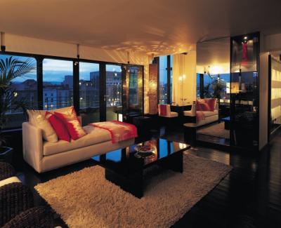 Halo The Morrison Hotel - image 3