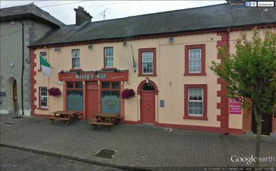 Healy's Bar - image 1