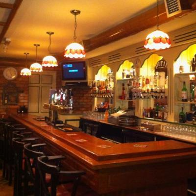 Healy's Bar - image 2