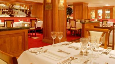 Killarney Plaza Hotel - image 3