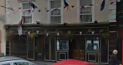 Kinsella's Bar - image 1