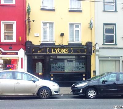 Lyons Spirits And Ales - image 1
