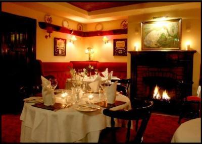 Nicks Bar & Restauant - image 2