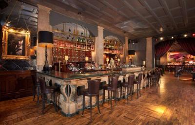 Odeon Bar & Restaurant - image 3