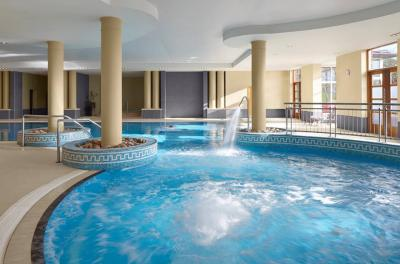 Radisson Blu Hotel And Spa - image 2