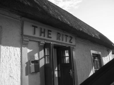 The Ritz Bar - image 1
