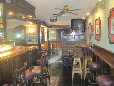 The Tavern Bar - image 2