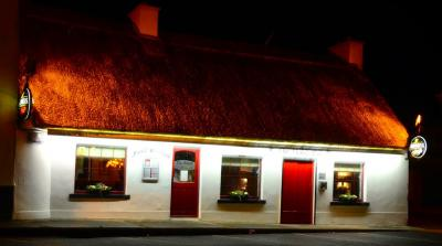 The Thatch Bar - image 1
