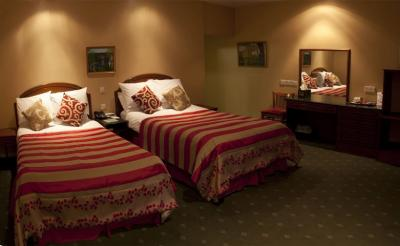 The Cedar Lodge Hotel - image 3