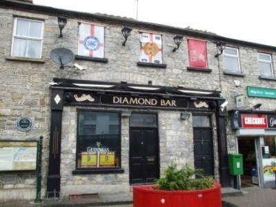 The Diamond Bar - image 1