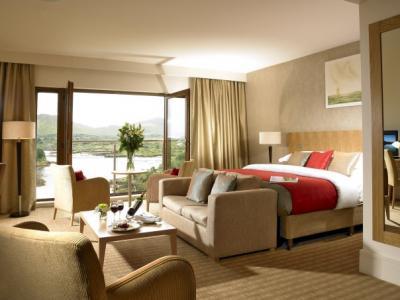 The Sneem Hotel - image 2