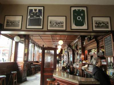 The Swan Bar - image 3