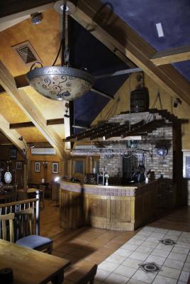 The Unicorn Bar & Restaurant - image 2