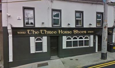 The Three Horseshoes - image 1