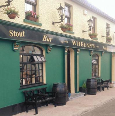 Whelans Bar and Lounge - image 1