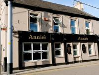 Annie's Bar & Restaurant