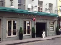 Clancy's Bar & Restaurant - image 1
