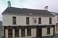 Daveys Bar - image 1