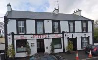 Finn's Bar & Restaurant - image 1