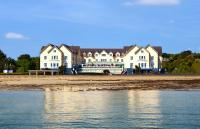 Galway Bay Hotel - image 1