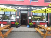 Grainne Uaile Lounge - image 1