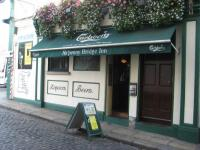 Ha'penny Bridge Inn - image 1