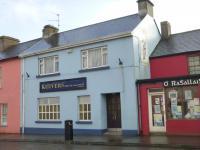 Keevers, The Village Pub - image 1