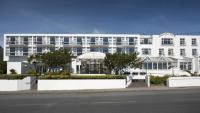 Majestic Hotel - image 1
