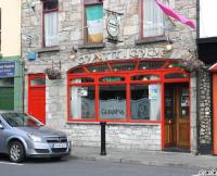 Mattimoes Pub