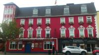 Mcsweeney Arms Hotel - image 1