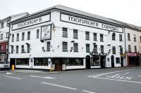 Monroes Tavern - image 1