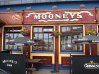 Mooney's Bar
