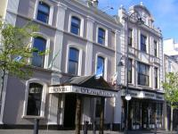 O'loughlins Hotel - image 1