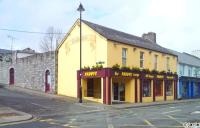 Paddys Bar - image 1