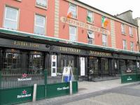 Skeffington Arms Hotel - image 1