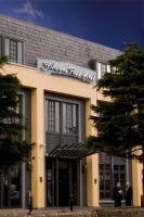 Stillorgan Park Hotel - image 1