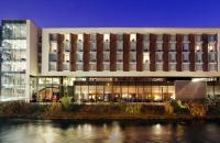 The River Lee Hotel - image 1