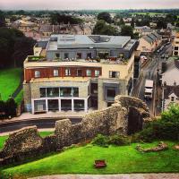 Trim Castle Hotel - image 1