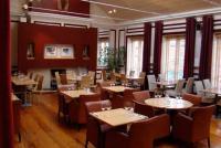 Walters Cafe Bar - image 3